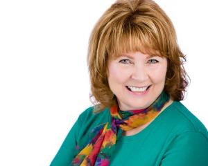 Gloria Russell executive resume writer